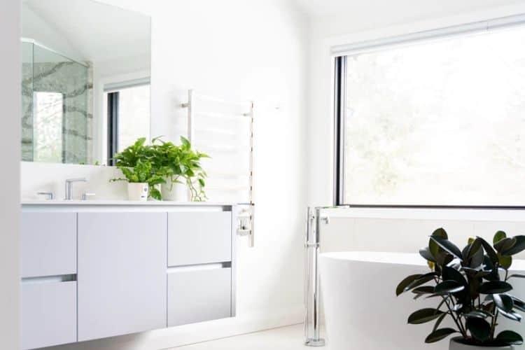 Frühlingshaftes Badezimmer
