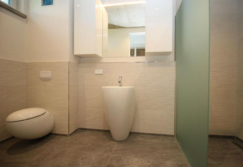 badezimmer in 7 tagen 100 images kommode weiss in badezimmer kaufen sie zum g nstigsten. Black Bedroom Furniture Sets. Home Design Ideas